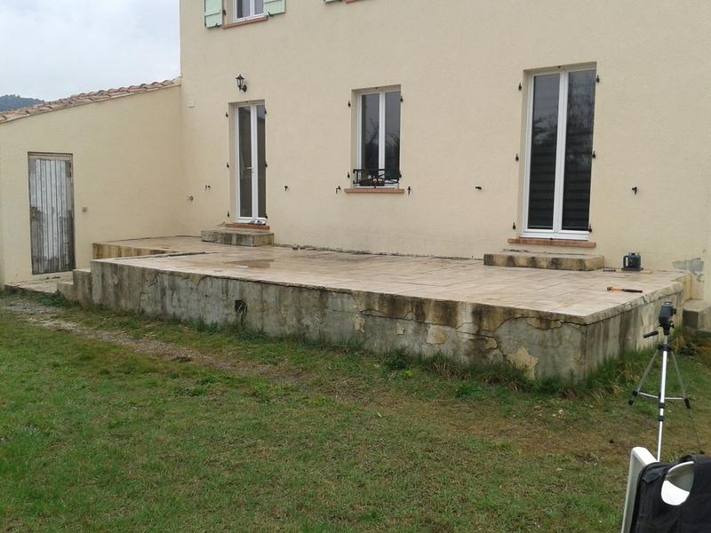 pose terrasse bois avec marche diverses id es de conception de patio en bois pour. Black Bedroom Furniture Sets. Home Design Ideas