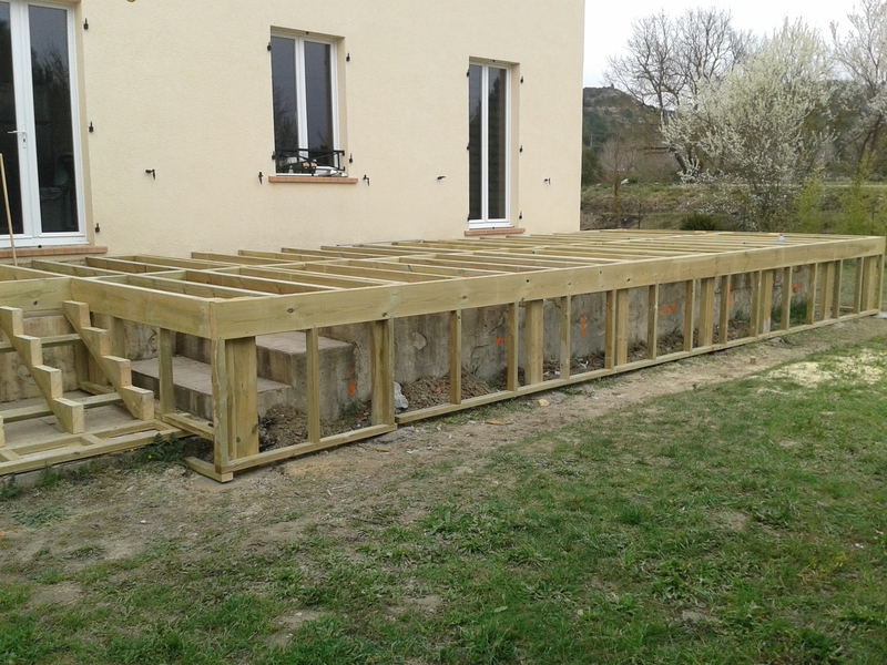 Terasse en composite free terrasse piscine composite - Latte pour terrasse en composite ...